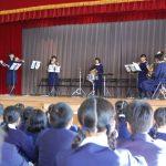 中学校吹奏楽部の演奏